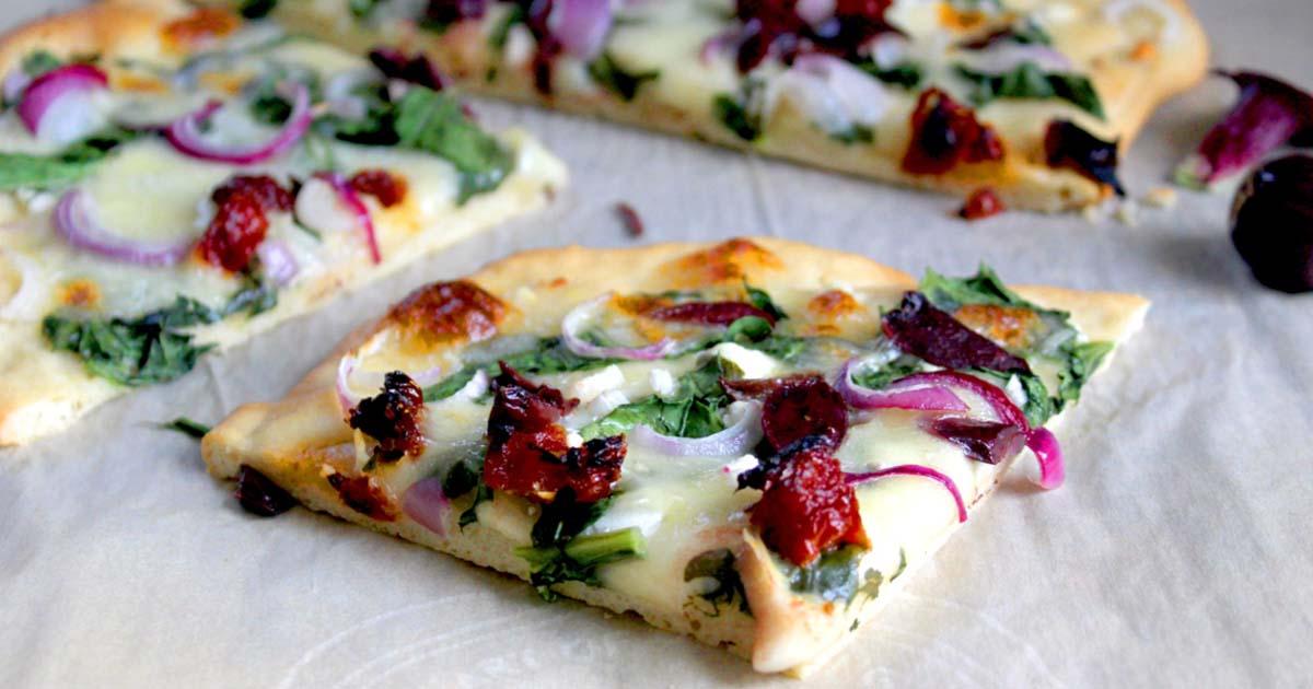 Diabetic greek-inspired pizza